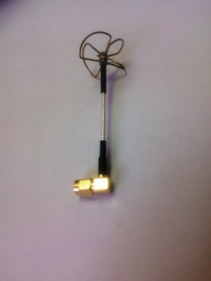 5.8 GHz RX Cloverleaf Antenna 4 Blades for RP-SMA 90degree angled for BOSCAM